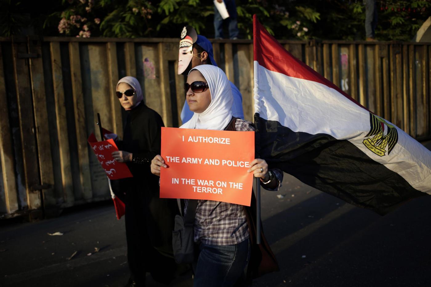 Egitto continuano proteste e scontri