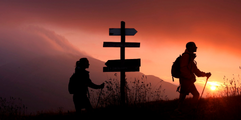 camminare-viaggi-a-piedi-480x240