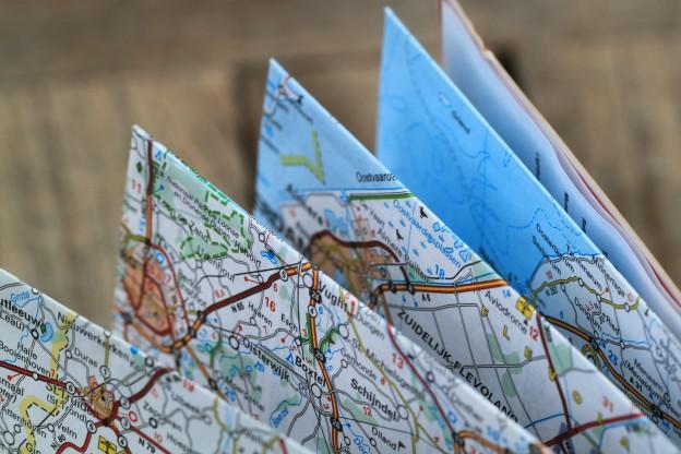 USED-folding-map-360382_1920-624x416