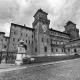 800px-Castello_Estense_-_Ferrara_bianco_e_nero