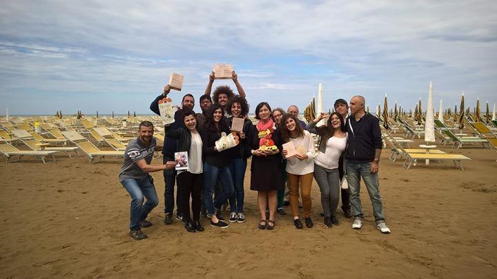 it.a.cà RImini 2015 - tavola rotonda in riva al mare